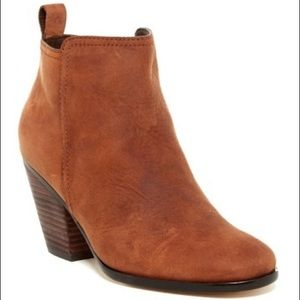 Cole Haan 'Chesney' booties in Cognac